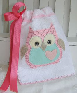 Want to make a bag kind of like this only with a towel and lined with tablecloth for a wet bag