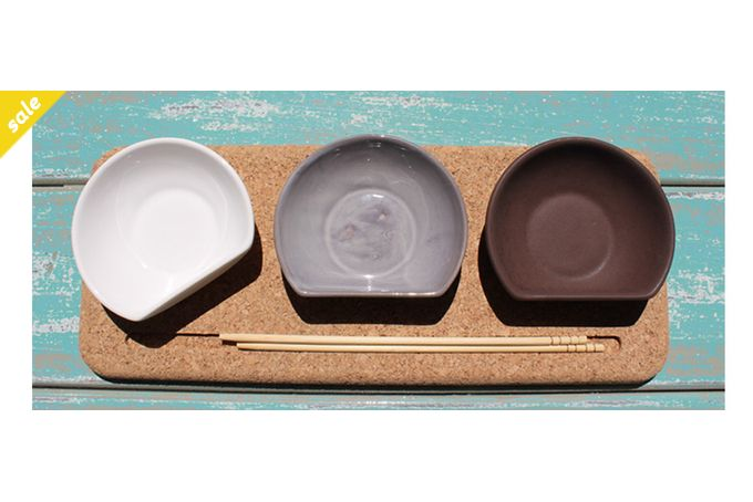 Sushi board and 3 small dip dishes by Aaron Kearney Design
