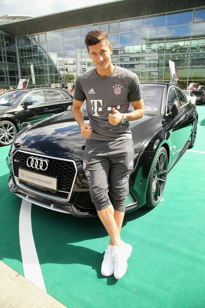 Robert Lewandowski / Fc Bayern München / Poland/ Polish National Team