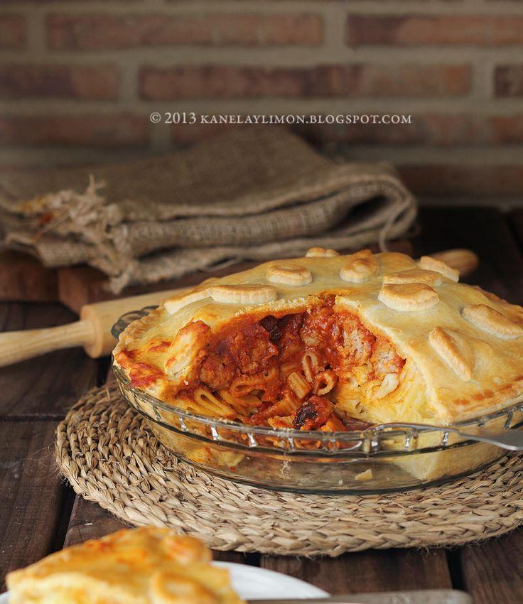 Kanela and Lemon: Savoury recipes...dinner pie with meatballs