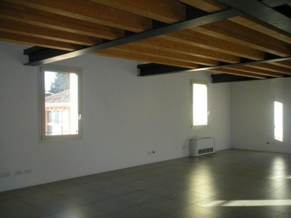 Ufficio in Affitto a Treviso UFFICIOAMBULATORIO Ufficio