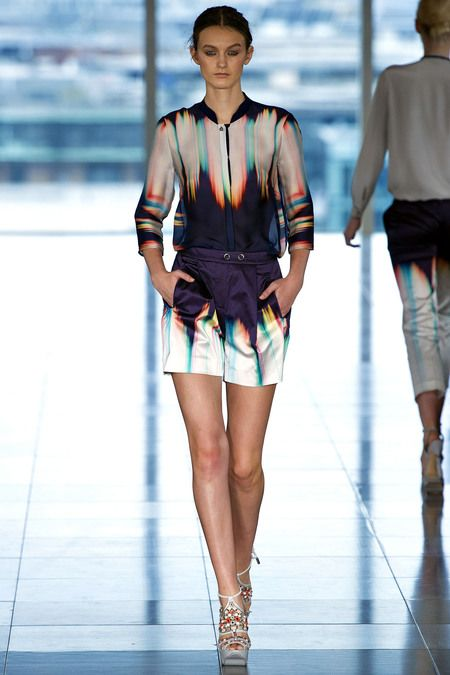 Matthew Williamson, Spring 2013 Ready to wear. Print inspired by the Indian pigment tossing festival, Holi.