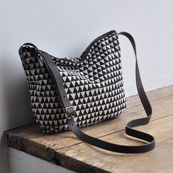DAY BAG triangle by bookhoudesign on Etsy