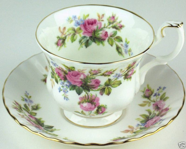 Royal Albert Winsome Cake Stand