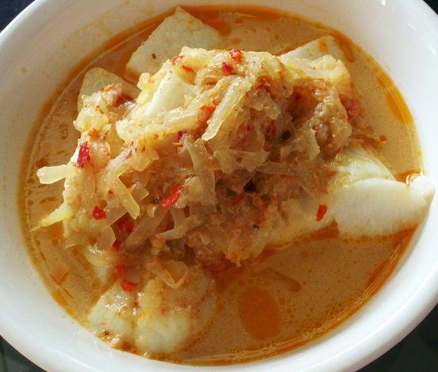 Resep Ketupat Sayur - Pelajari tips rahasia cara membuat resep ketupat sayur lebaran khas jawa yang paling enak dan lembut disini.