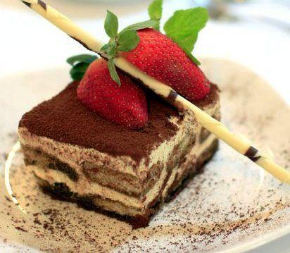 ahh tiramisu.Italian Desserts, Happy Day, Yummy 3, Tiramisu, Christmas, Wedding Cake, Black Pants, Heavens, Food Drinks