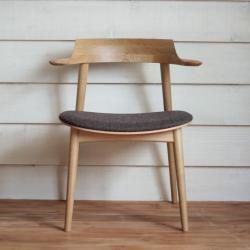 IE-02 ダイニングチェア [ オーク ] IE-02 Dining Chair(17919) - リグナジャパンコレクションのチェア | おしゃれ家具、インテリア通販のリグナ