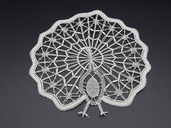 Peacock Bruges Lace, Hand Made Bruges Lace, Lace Application, Dentellerie