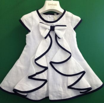 ITALIAN DESIGNER DRESS~ do this with green like a tree and yellow for the bow, instant Christmas dress. I would rather the design be on the back.