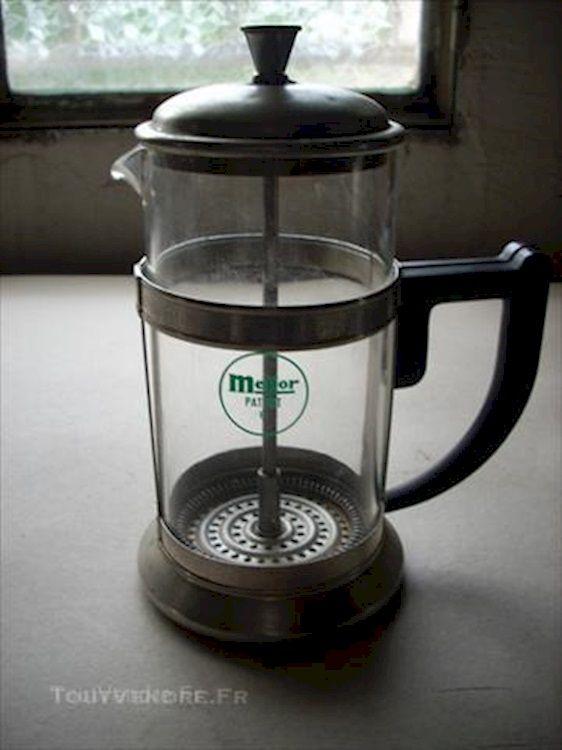 Veritable cafetiere manuelle en verre melior patent 6