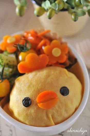 Chicken omelet rice bento    *(Looks like Kiiroitori! ♥)