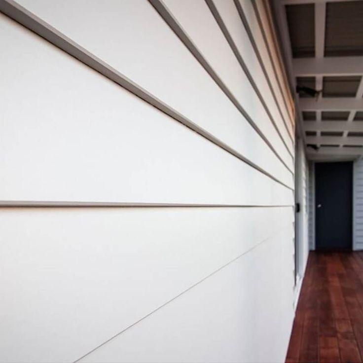 A close up of Scyon Linea on a custom built home by @jamesleefarrugia. #exteriordesign #exterior #weatherboard #australianarchitecture #architecture