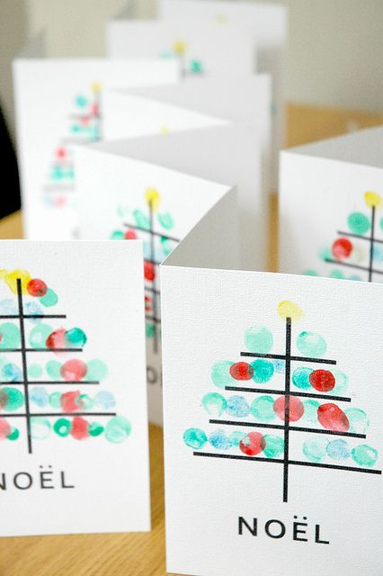 Great idea to involve kids in the card making process.....or you could use something else other than your finger