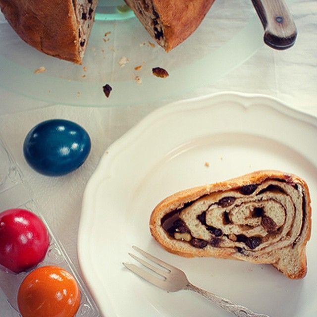 Original Kärntner Reindling Rezept gibt's auf meinem Blog!. #Reindling #kärnten #osterbrauch #Ostern #frühling #kuchen #rezepte #blog #food #essen #lecker #sweets #ostereier #osterhase
