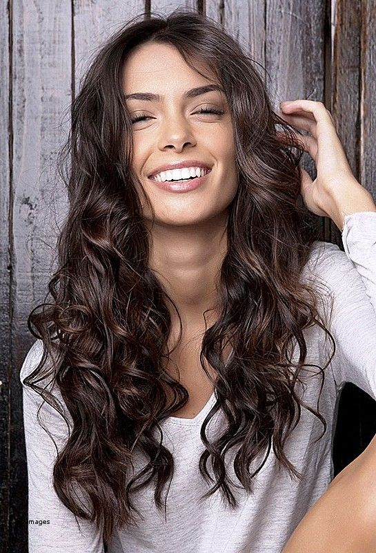 Interesting Ideas For Haircuts For Naturally Wavy Hair Best Curly Hairstyles Natural Wavy Hair Hair Styles Long Hair Styles