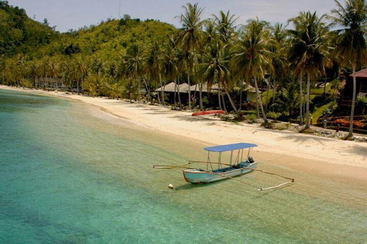 Sikuai Beach, Padang Indonesia