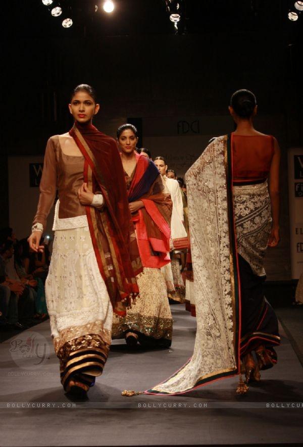 92 Best Images About Designer Manish Malhotra On Pinterest