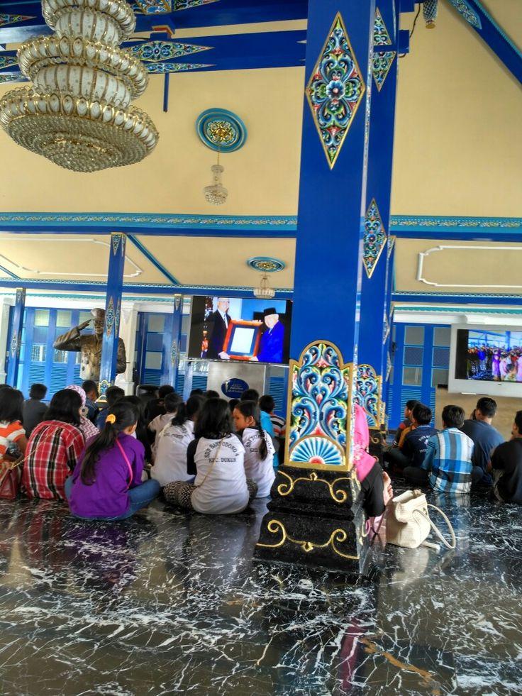 Generasi soehartois menyaksikan film perjalanan Alm Jendbes HMS