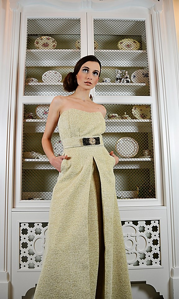 Sesja modowa dla Krajewscy Fashion. Oświetlenie studio WIPI.PL. Fotograf: Natalia Ziętowska i Łukasz Naczas