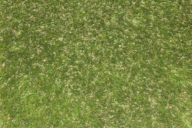 Prestige synthetic grass looks the closest to natural turf with no up-keep hassle #TurfGreen #Prestigeartificialgrass #artificialturf #syntheticgrass #syntheticturf #faketurf #fakegrass #nomowgrass #astroturf #turfinstallation #buyturf