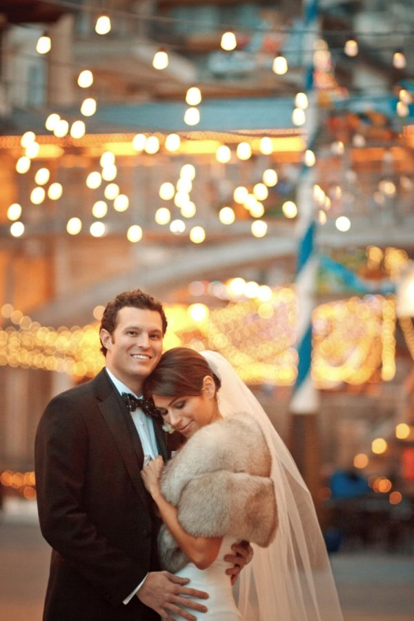 winter wedding in Vail, CO   Love the Shrug and the twinkle lights in Vail Square!  #iconicweddings #mountainwedding