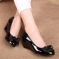 Femine - Sepatu Sandal Wedges Wanita HT01 - Hitam