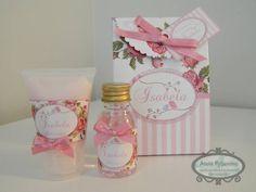 Caixinha personalizada com hidratante e sabonete liquido - Floral Rosa Ótima opção de lembrancinha para maternidade, chá de bebê ou Festa de 15 anos ..