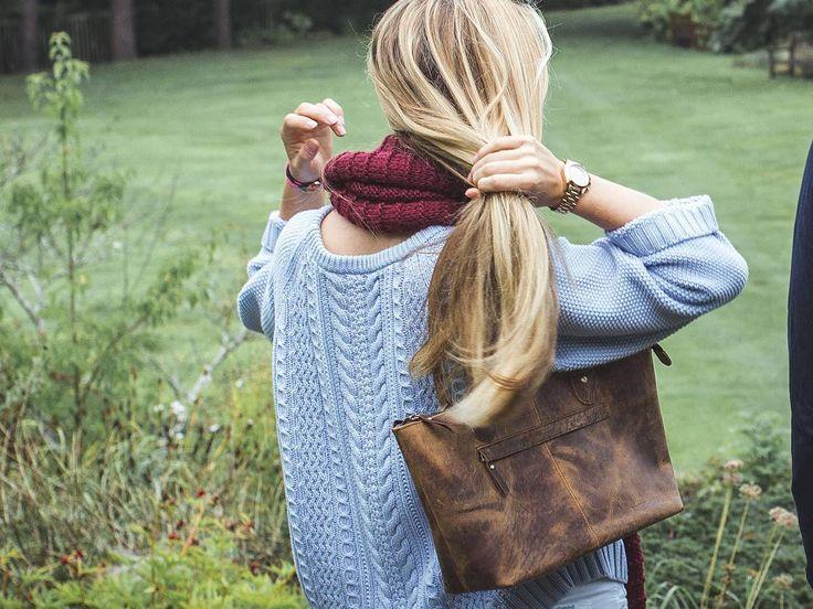 Our Bella handbag brings all the boys to the yard. #scaramanga #myscaramanga #standrews #botanics #womensfashion #womensstyle #handbag #bags #autumn #green #leatherbags #pretty #kelis @darylxkennedy 😘