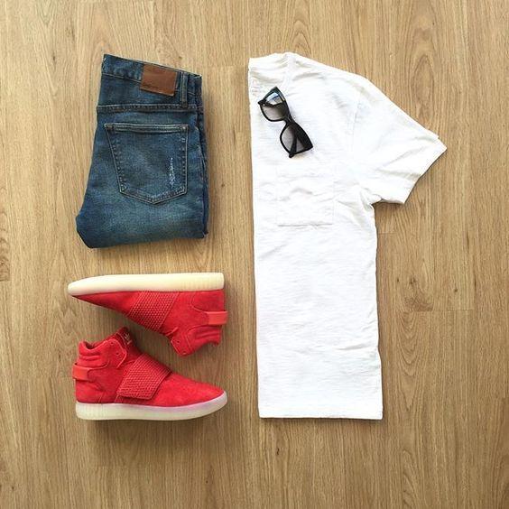 Camiseta Lisa Branca masculina, Calça Jeans, Sneaker Vermelho, Looks com Tênis Vermelho, pra inspirar, grid, moda masculina, sneaker, men style, men street style, men grid, look masculino, moda para homens,