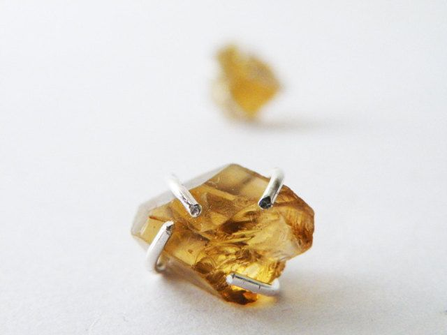 Raw Citrine Stud Earring | SteamyLab