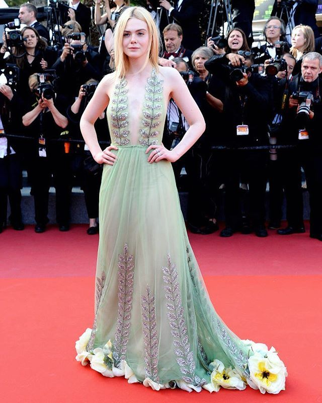 WHO: Elle Fanning WEARING: Gucci WHEN: Festival di Cannes WHERE: Red carpet di Cannes Nel link in bio la classifica dei migliori look dal photocall al red carpet #MCinstanews #ElleFanning #Cannes2017 #LookDelleStar #Bestdressed #CannesfilmFestival #Gucci #Cannes #FestivaldeCannes #Diva #PhotoCall #RedCarpet #Moviestar : @gettyimages  via MARIE CLAIRE ITALIA MAGAZINE OFFICIAL INSTAGRAM - Celebrity  Fashion  Haute Couture  Advertising  Culture  Beauty  Editorial Photography  Magazine Covers…