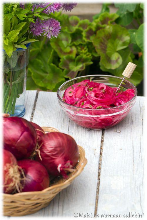 Maistuis varmaan sullekin!: Marinoitu punasipuli