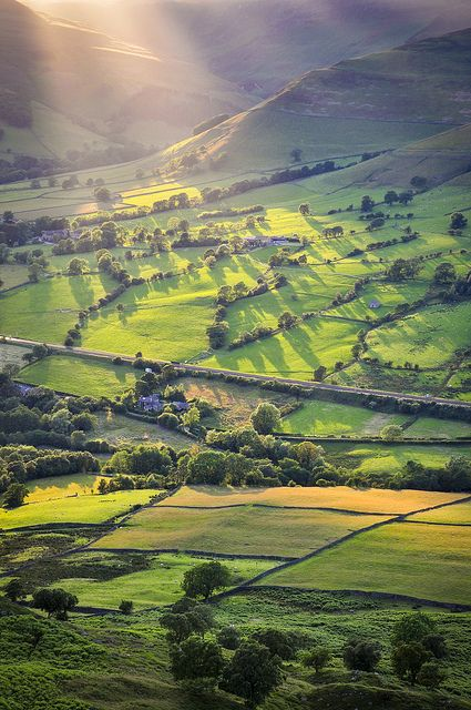 Edale, Derbyshire. Be still, my heart.  You have only glimpsed at the fringes of blessings coming to your soul. Love God, give Him glory, your inheritance is near. Rev. 4:11; Isaiah 55:11