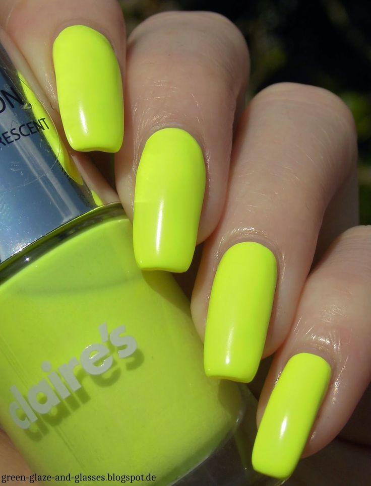Green, Glaze & Glasses: Lacke in Farbe... und bunt! - Gelb (Claire's Neon Beach)