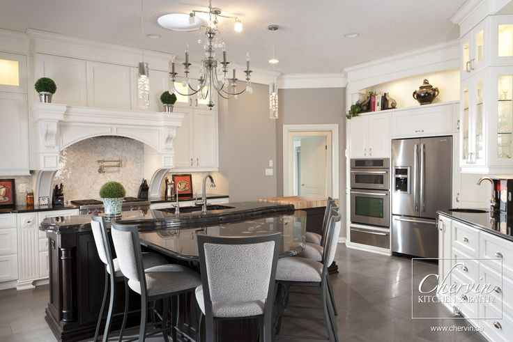 Magnificent classy kitchen customcabinetry classic for Magnificent kitchens
