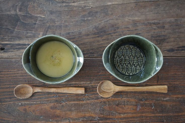 益子焼よしざわ窯がつくる手作りの益子焼・陶器、カップ・皿・ボウル・小物を通販・販売、また卸売りしています。