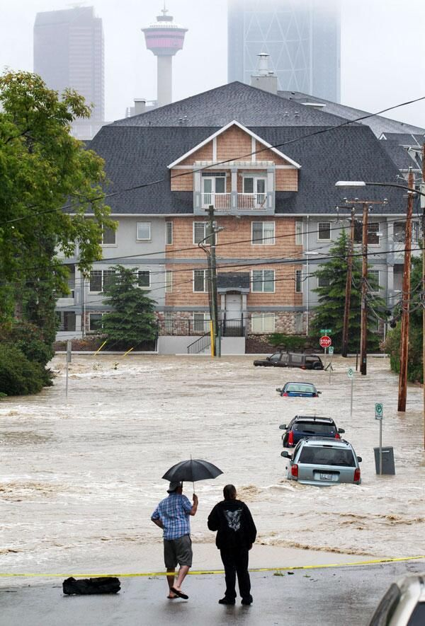 Twitter / calgaryherald: Cars swamped by Elbow River ...