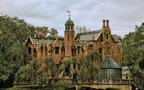 The Haunted Mansion: Walt Disney World, Dreams Home, Favorite Places, Disney World, Disney Haunted Mansions, The Haunted Mansions, Haunted Houses, Magic Kingdom, Abandoned Mansions