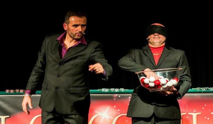 """#Venerdì appuntamento a #Pontremoli, al Teatro della Rosa e alle 21, con lo spettacolo """"Il circo delle illusioni"""" - e dibattito a seguire: per conoscere e comprendere tutta la drammaticità e i terribili rischi del #gioco d'azzardo."""