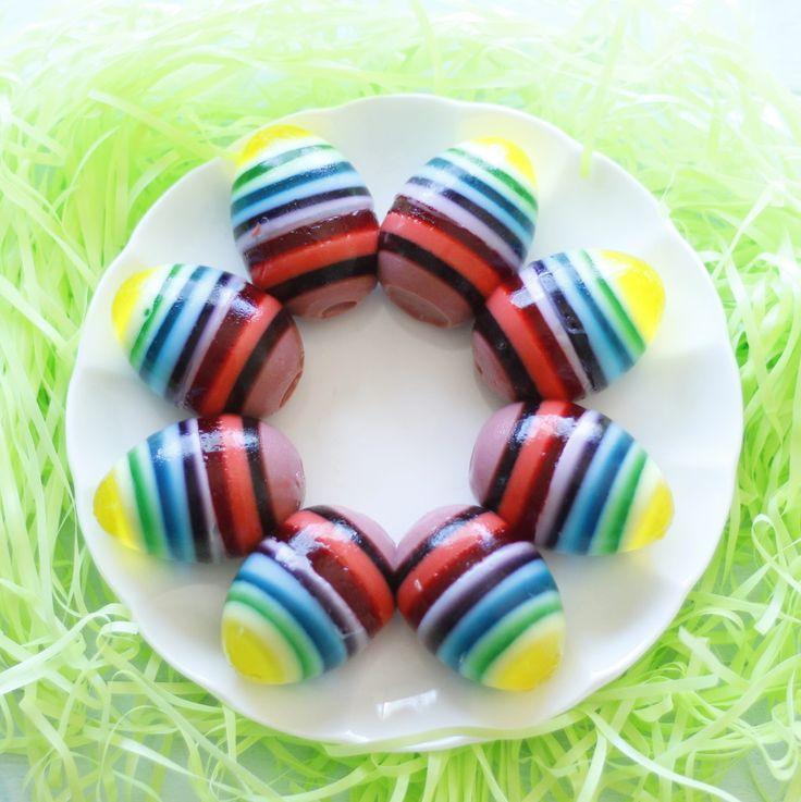 Rainbow Jello Easter Eggs @eatthinkbemerry
