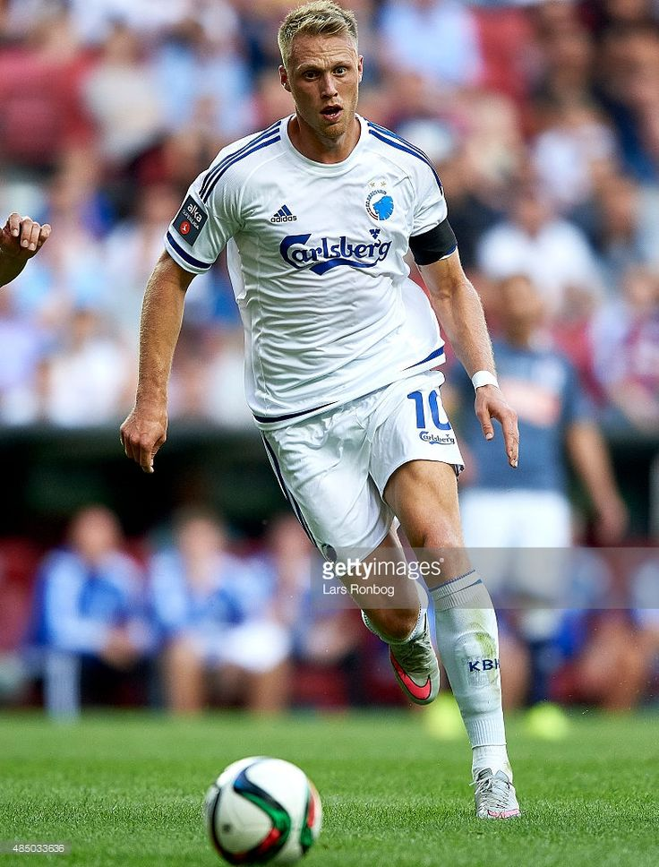 nicolai-jorgensen-of-fc-copenhagen-controls-the-ball-during-the-alka-picture-id485033636 (778×1024)