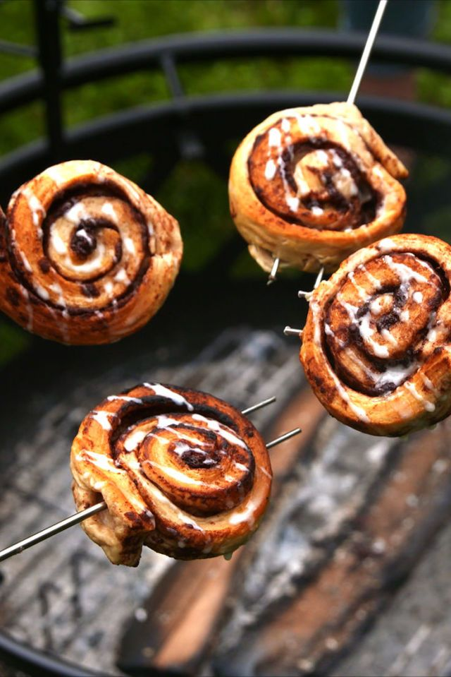 You Can Cook Cinnamon Rolls Over A Campfire