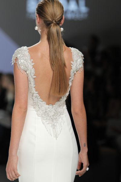 50 vestidos de novia con escote a la espalda 2017: ¡los querrás todos! Image: 45