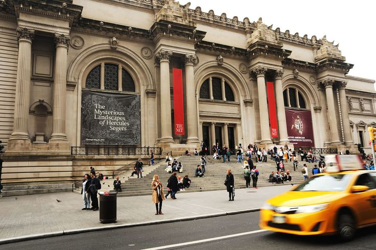Looking to plug a looming deficit, New York's Metropolitan Museum of Art is in talks with the city to charge non-New Yorkers admission.