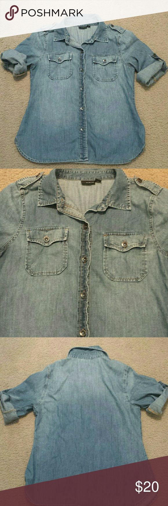 Chambray/Denim button down shirt In good used condition, smoke-free and pet-free home, no pulls, rips or stains a.n.a Tops Button Down Shirts