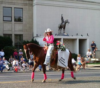 Parade tips and tricks from a retired rodeo queen.