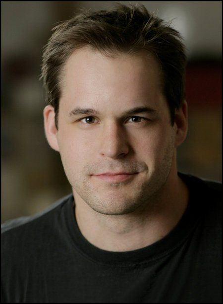 Kyle Bornheimer - I have such a crush on this handsome man. Every time I see him on a show or in a movie, he has such a charm to him. Fantastic.