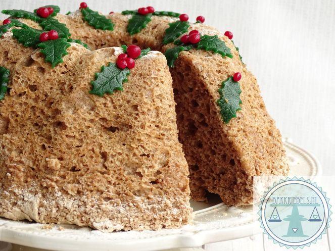 Angelfood Christmas cake
