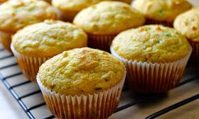 Savoir Faire: Muffins de pan de maíz con jalapeño y queso cheddar
