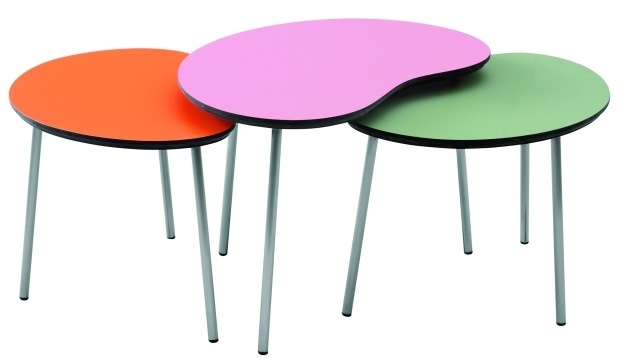 How to make your own table- perfect for my future in-home daycare/pre-school =)